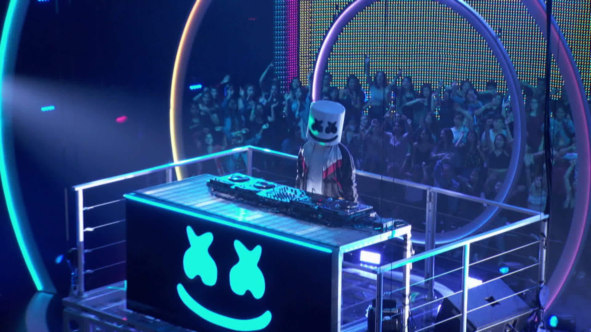 "Marshmello ""Silence"" (Ft. Khalid) 
