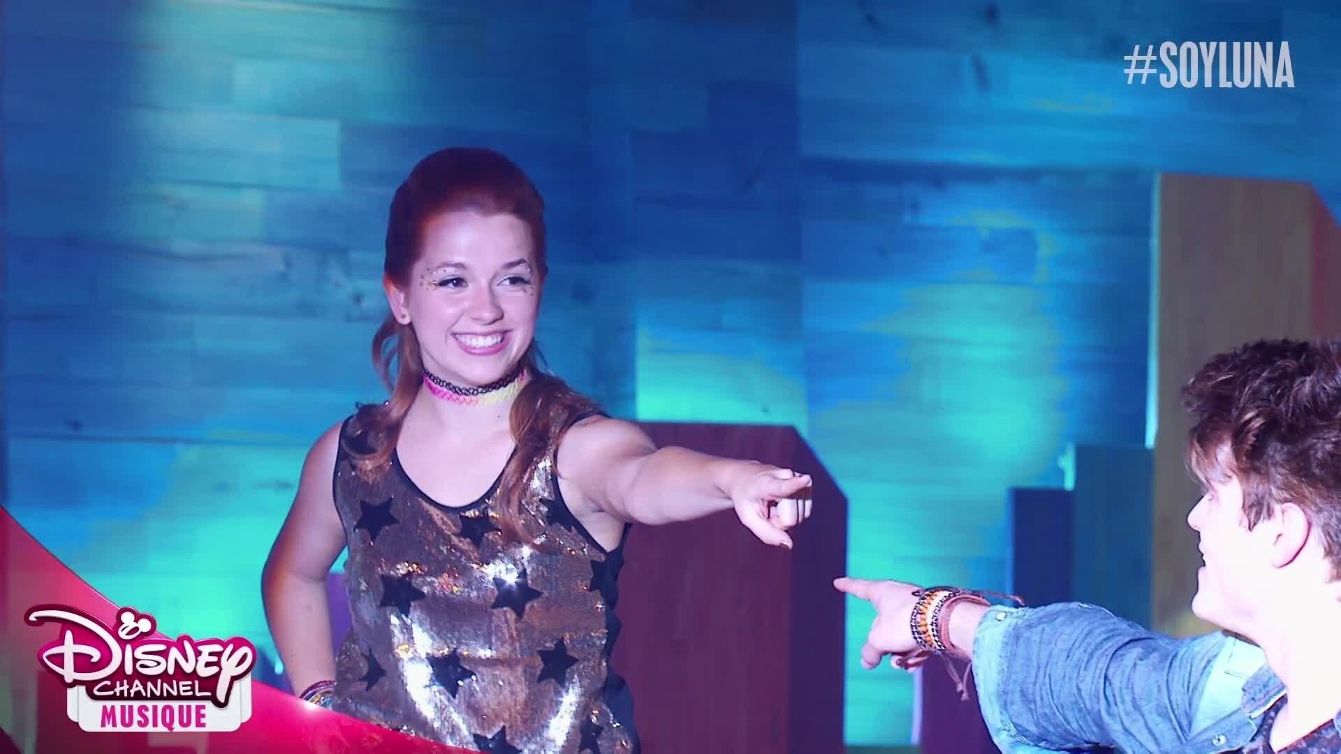 "Soy Luna - Chanson : ""A rodar mi vida"" (épisode 11)"