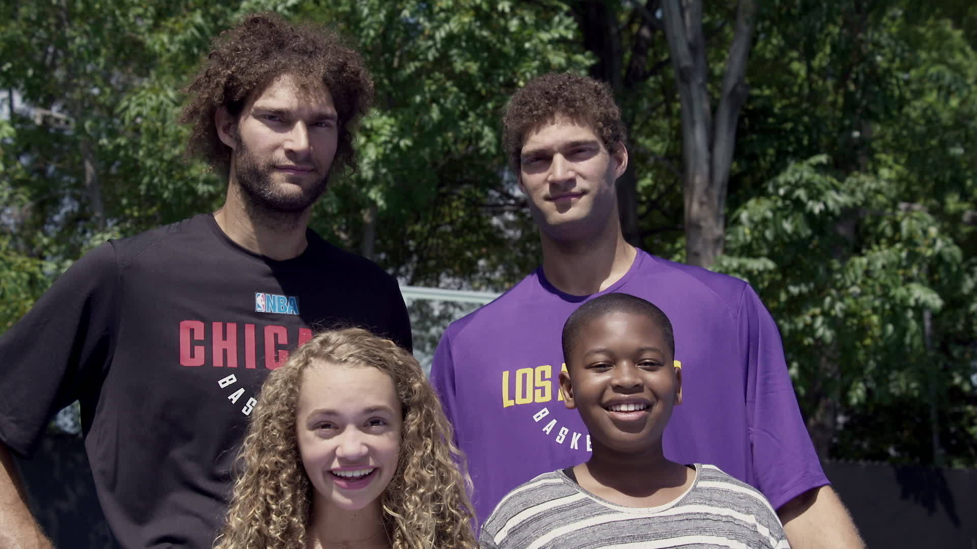 NBA Stars Robin & Brook Lopez Drive-By Dunk Challenge