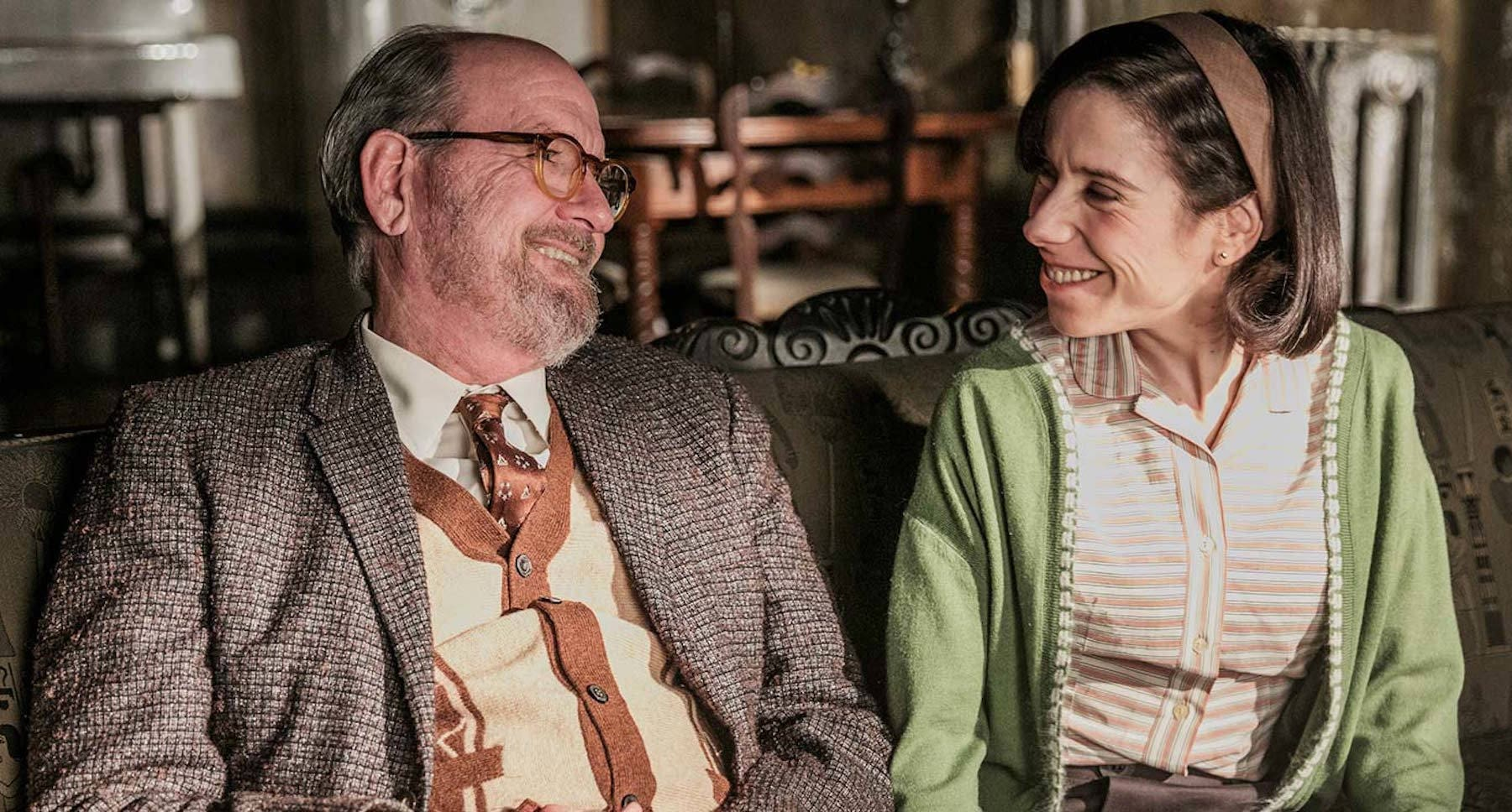"Richard Jenkins and Sally Hawkins sitting on a sofa in ""The Shape of Water"""
