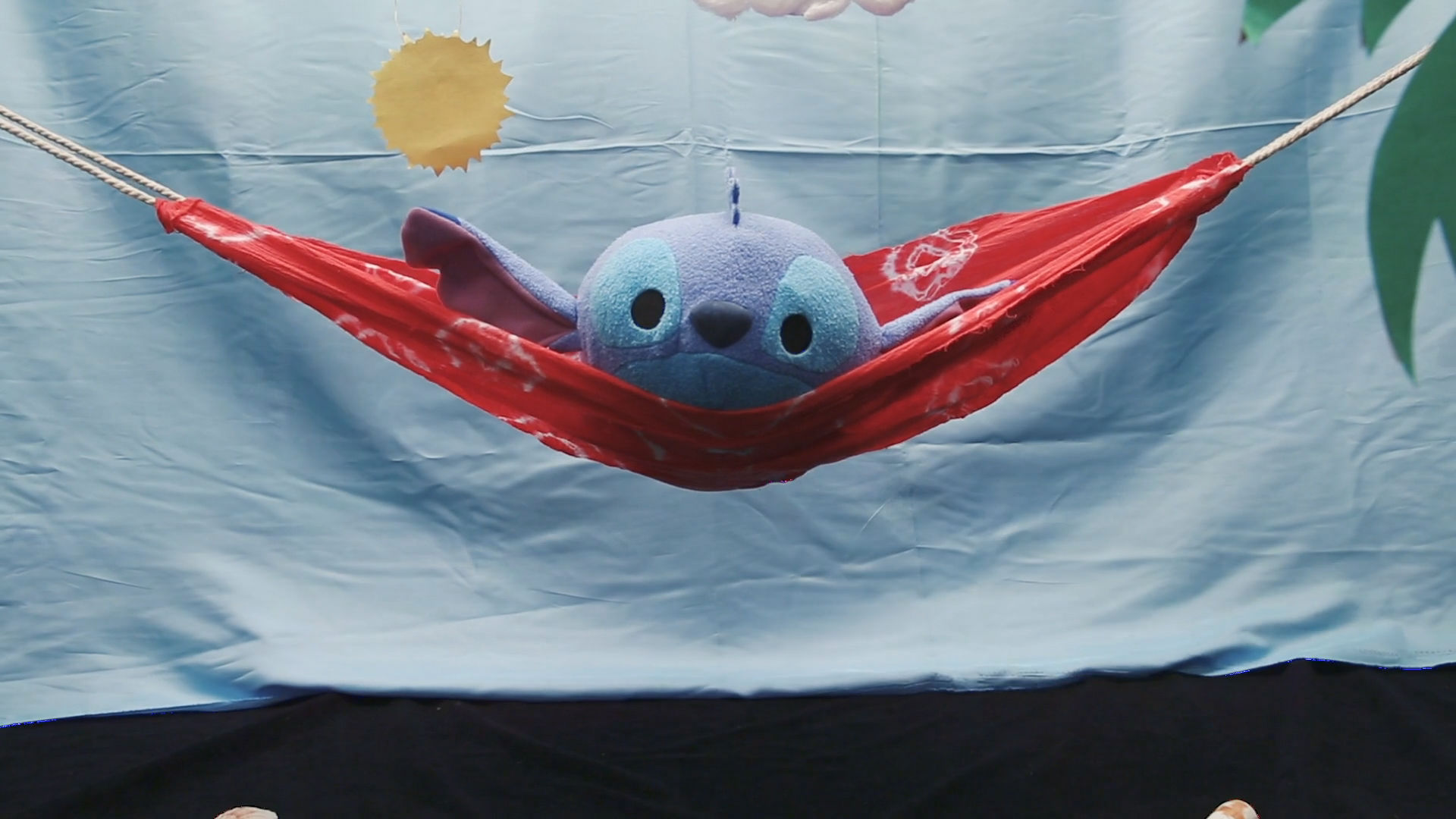Lilo & Stitch Hammock | Disney DIY