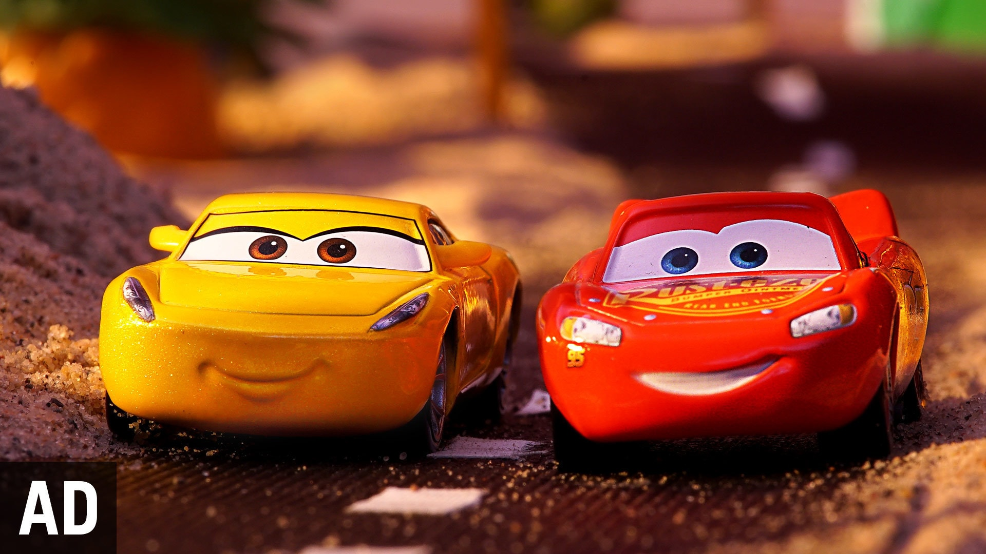 Lightning McQueen and Cruz Ramirez Showdown Race | Disney Toy Adventure