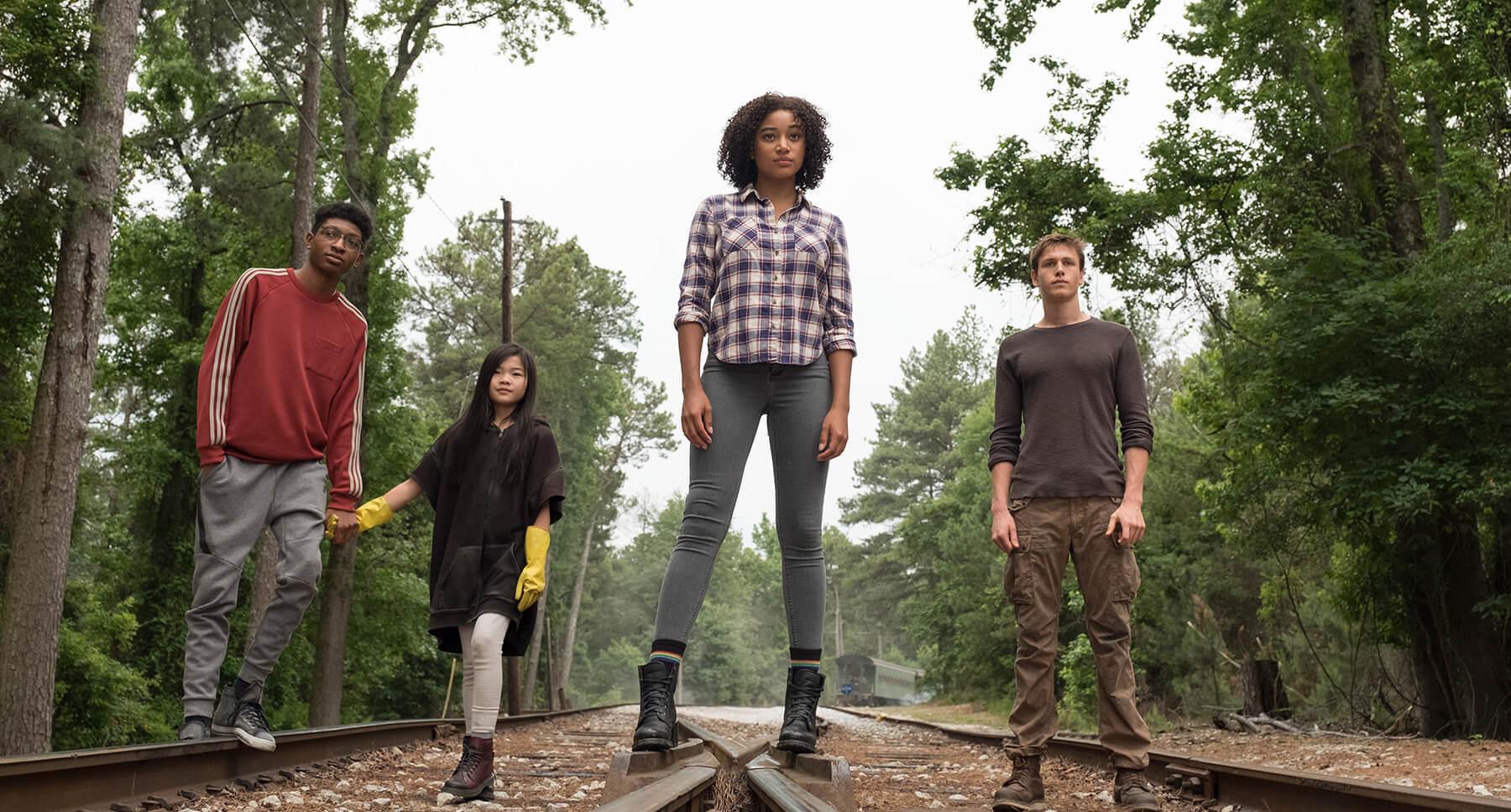 "Actors Skylan Brooks, Amandla Stenberg, Harris Dickinson and Miya Cech in the movie ""The Darkest Minds"""