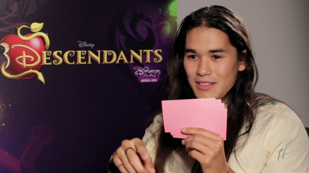 Lightning Round with the Cast of Descendants - Oh My Disney
