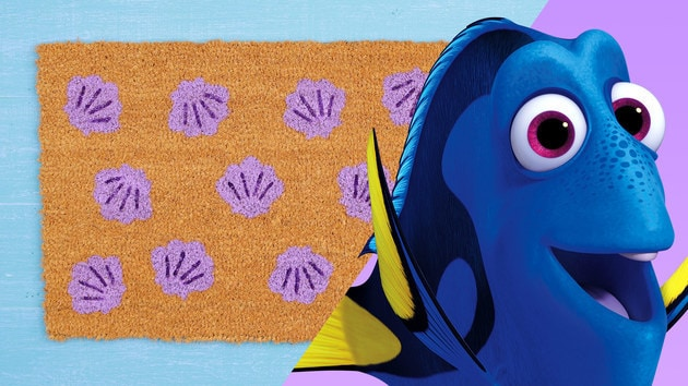 Disney Family: Finding Dory Welcome Mat