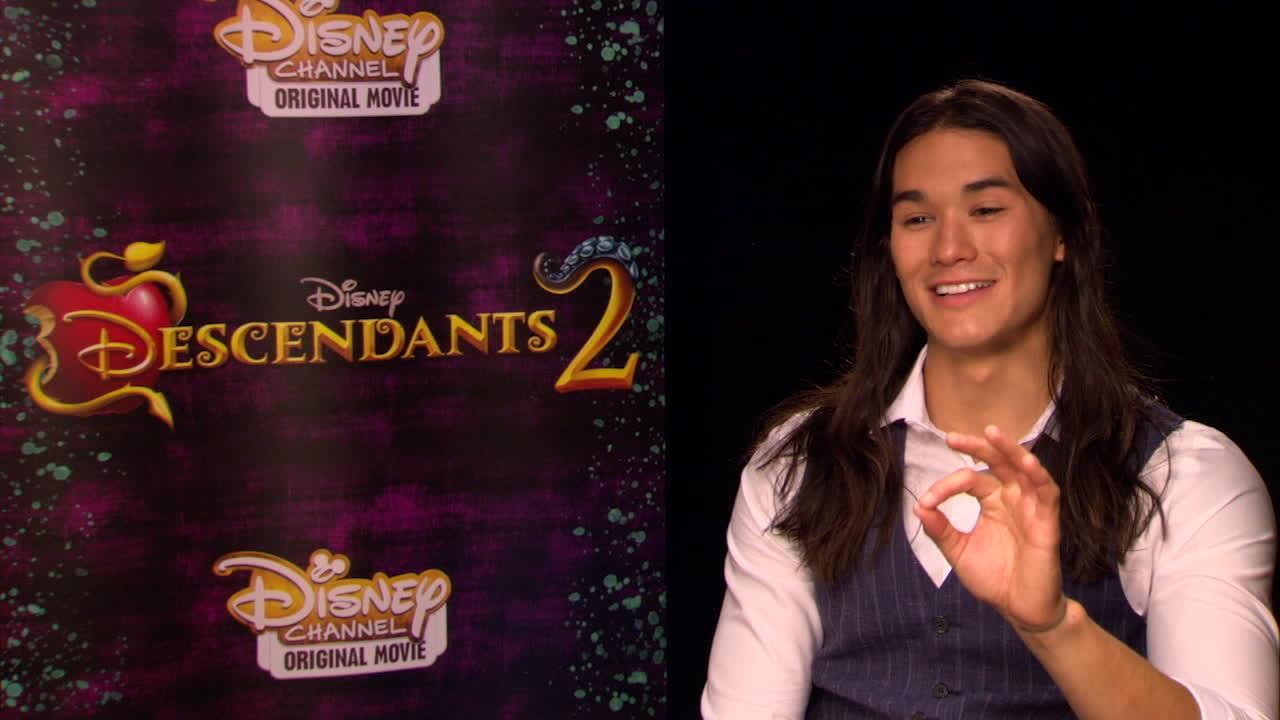 Descendants 2 Junket: School Superlatives | Disney
