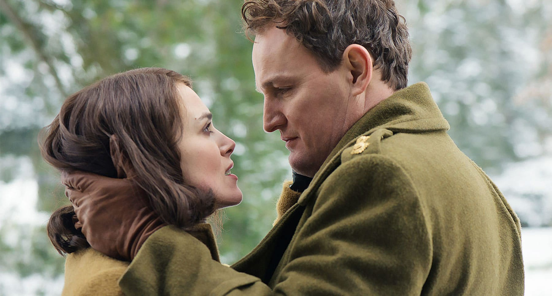 "Lewis Morgan (Jason Clarke) and Rachael Morgan (Keira Knightley) in the movie ""The Aftermath"""