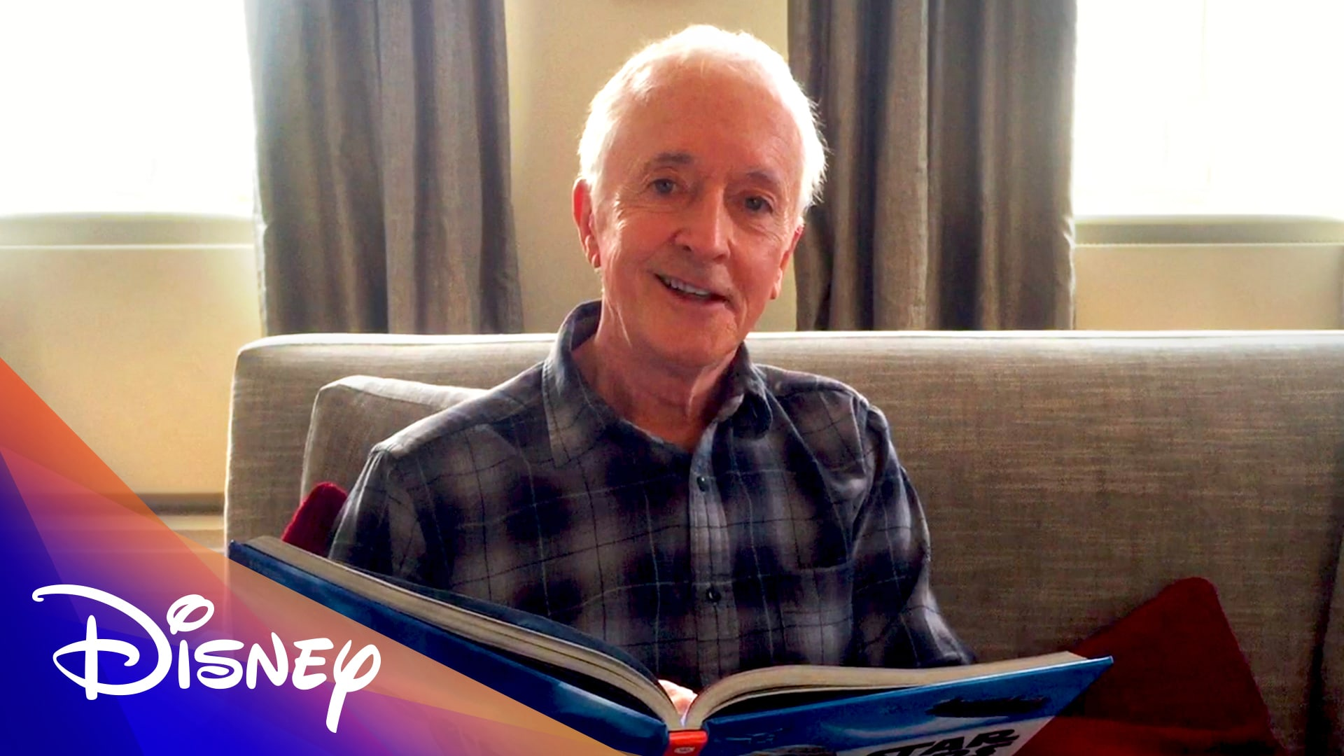 Watch Three Disney Storytime Videos With the Stars of Star Wars