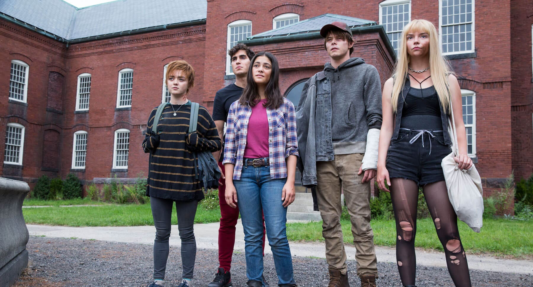 "The cast of the movie ""The New Mutants"""