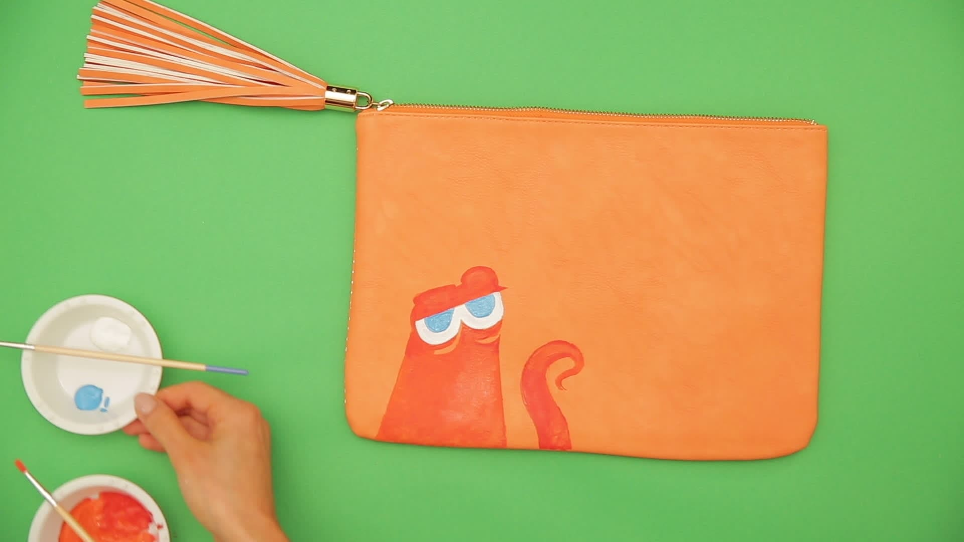DIY Clutch: Finding Dory Hank