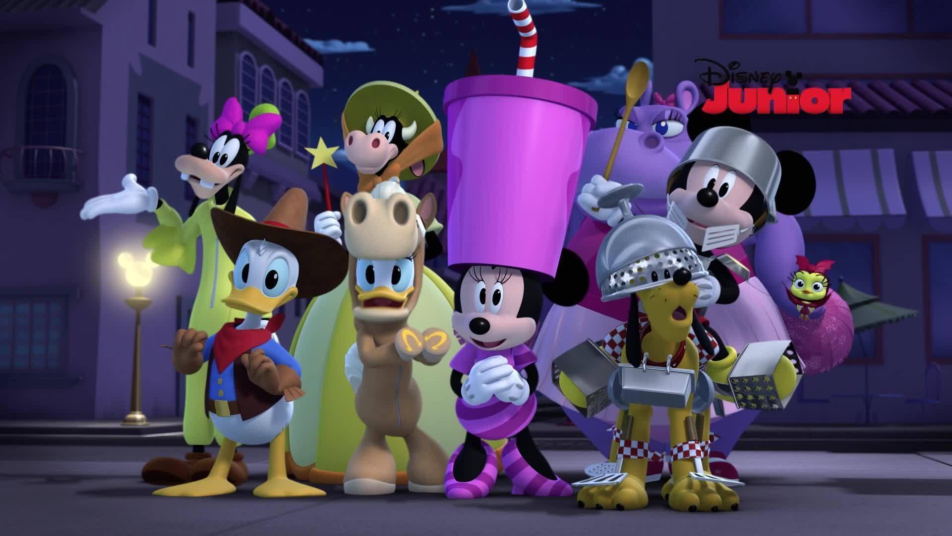 Mickey Mouse y su amigo Pluto | El halloween de Pluto