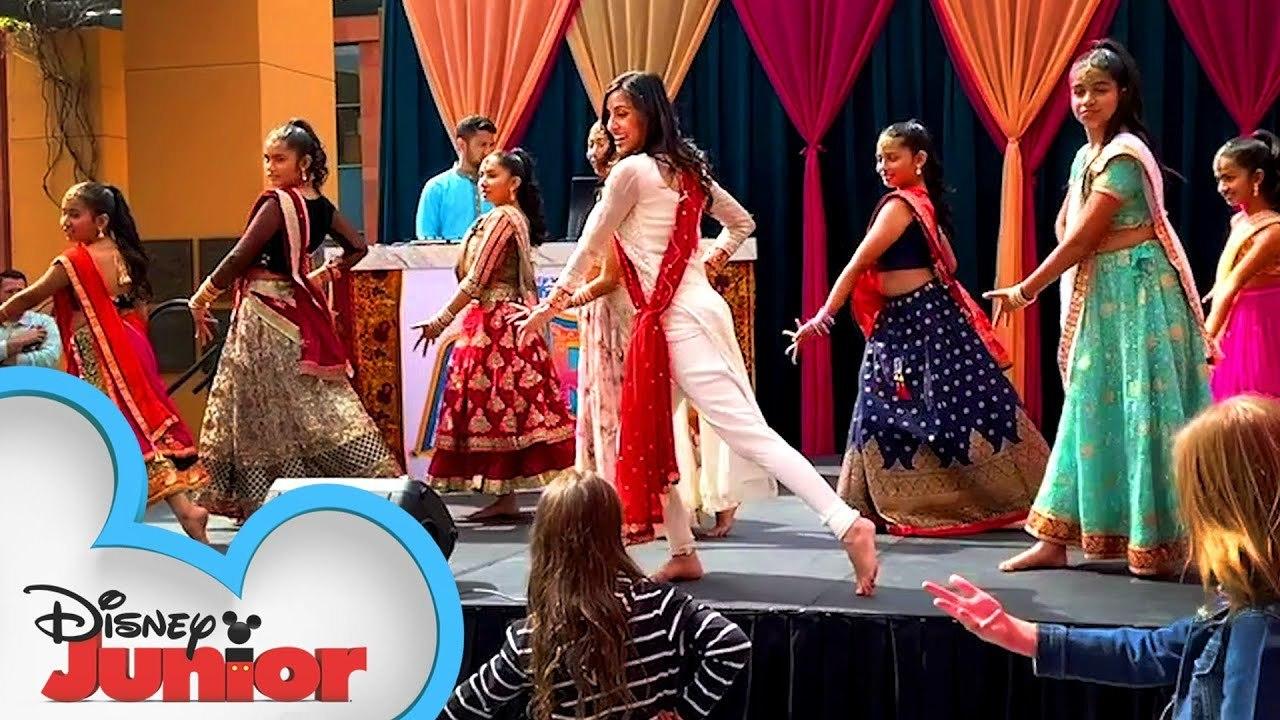 Mira, Royal Detective Bollywood Dance Tutorial