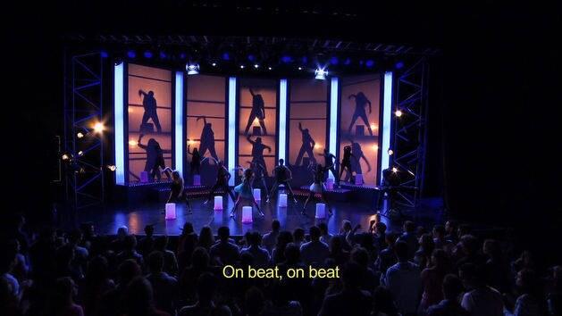 "Videoclipe ""On Beat"" - Violetta"