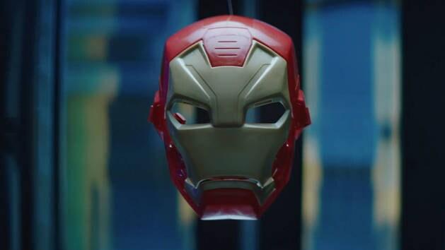 Boxed | Imagine Crafting Marvel's Captain America Civil War Hero Gear