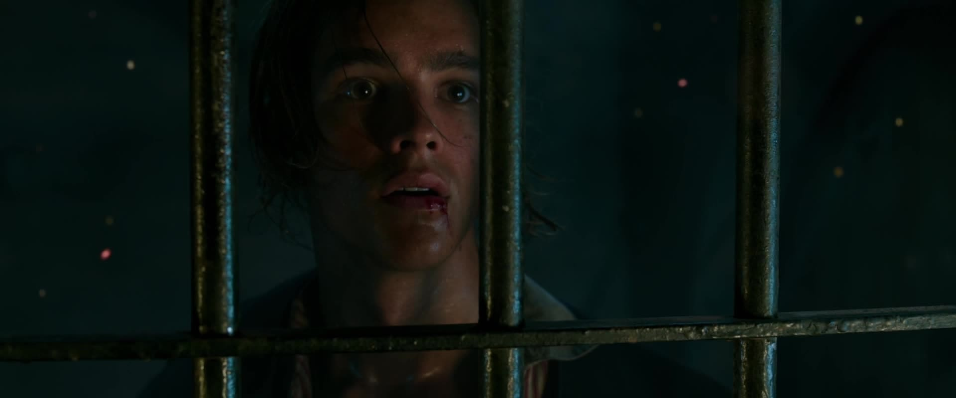 Pirates of the Caribbean: Salazar's Revenge - Teaser Trailer