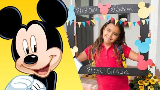 Mickey First Day of School Frame | Disney DIY | Disney Family