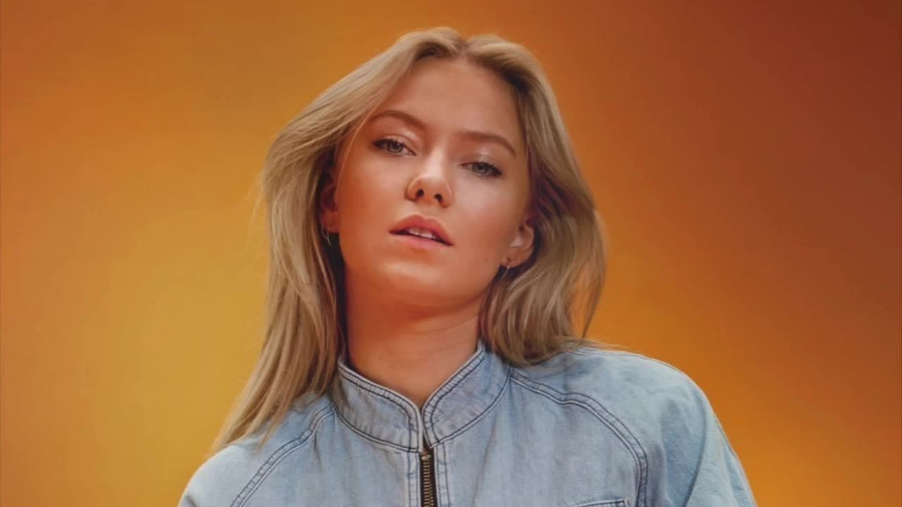 "Astrid S ""Think Before I Talk"" - Radio Disney Music Mailbag"