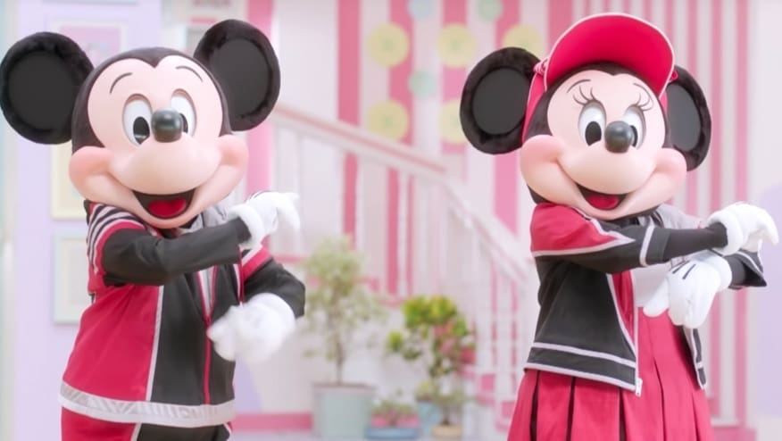 Stay Fit with Mickey and Minnie | Roll Step
