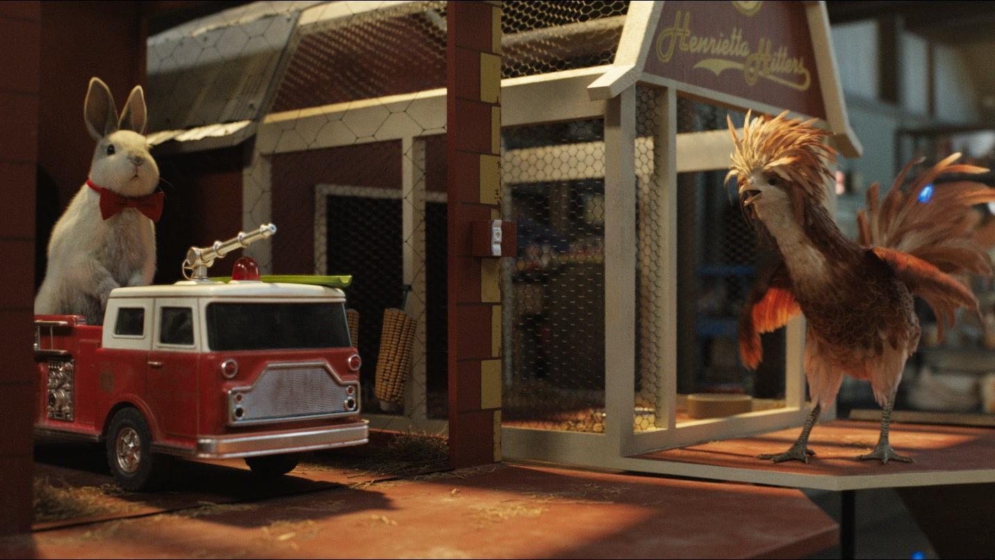 Murphy (voiced by Ron Funches) and Henrietta (voiced by Chaka Khan) in Disney's THE ONE AND ONLY IVAN, based on the award-winning book by Katherine Applegate and directed by Thea Sharrock. Photo courtesy of Disney. © 2020 Disney Enterprises, Inc. All Right