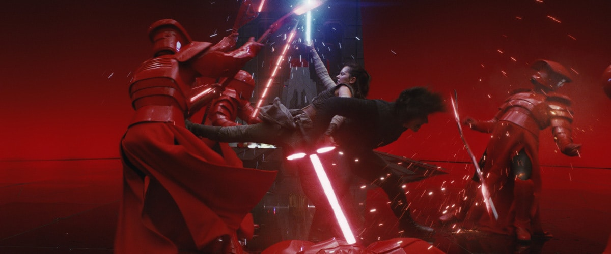 Kylo Ren and Rey teaming up against Snoke's Praetorian Guard