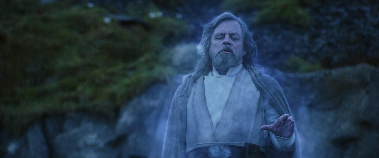 Luke raising his X-wing