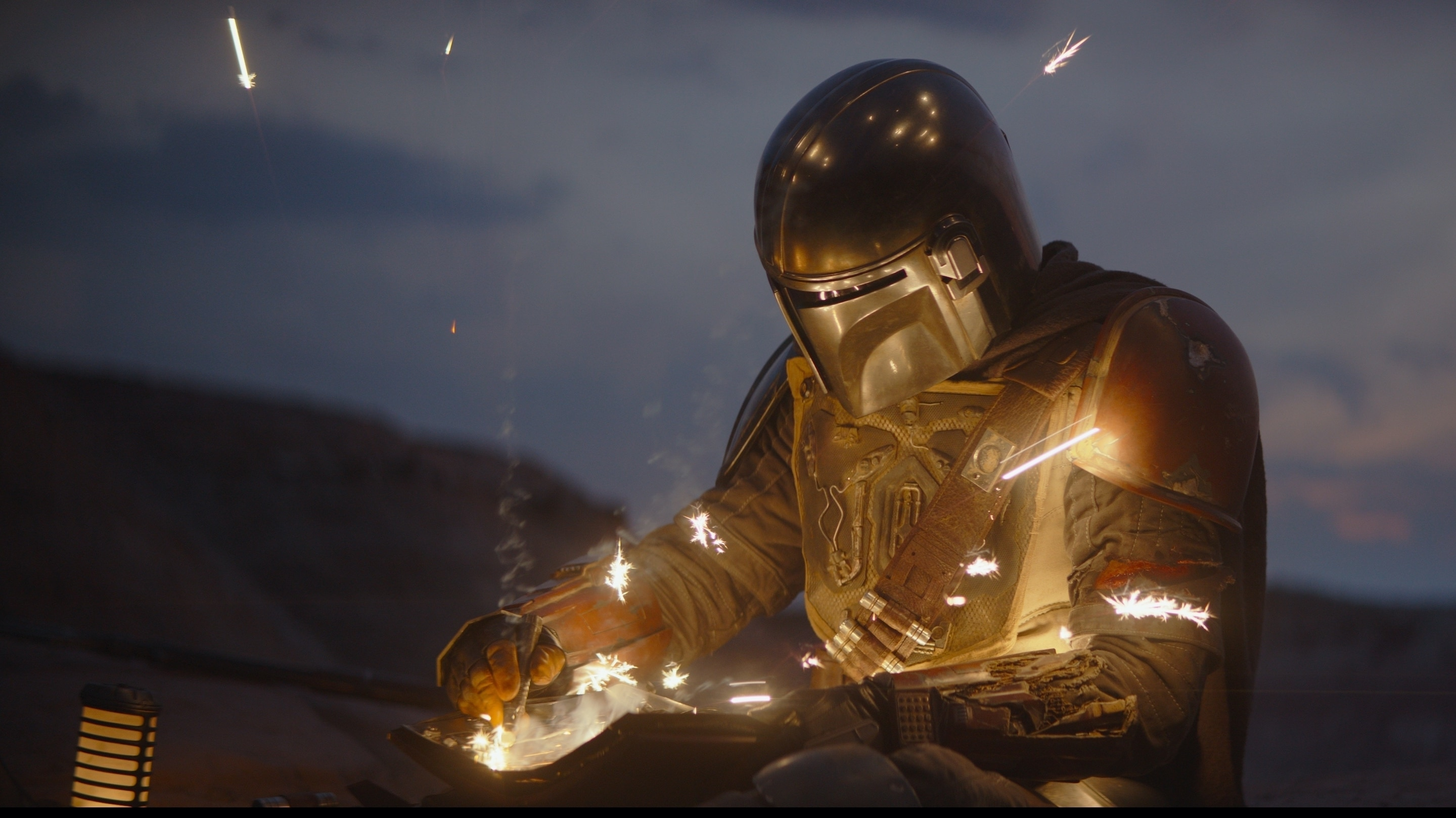 Chapter 2 Pedro Pascal is the Mandalorian in THE MANDALORIAN, exclusively on Disney+.
