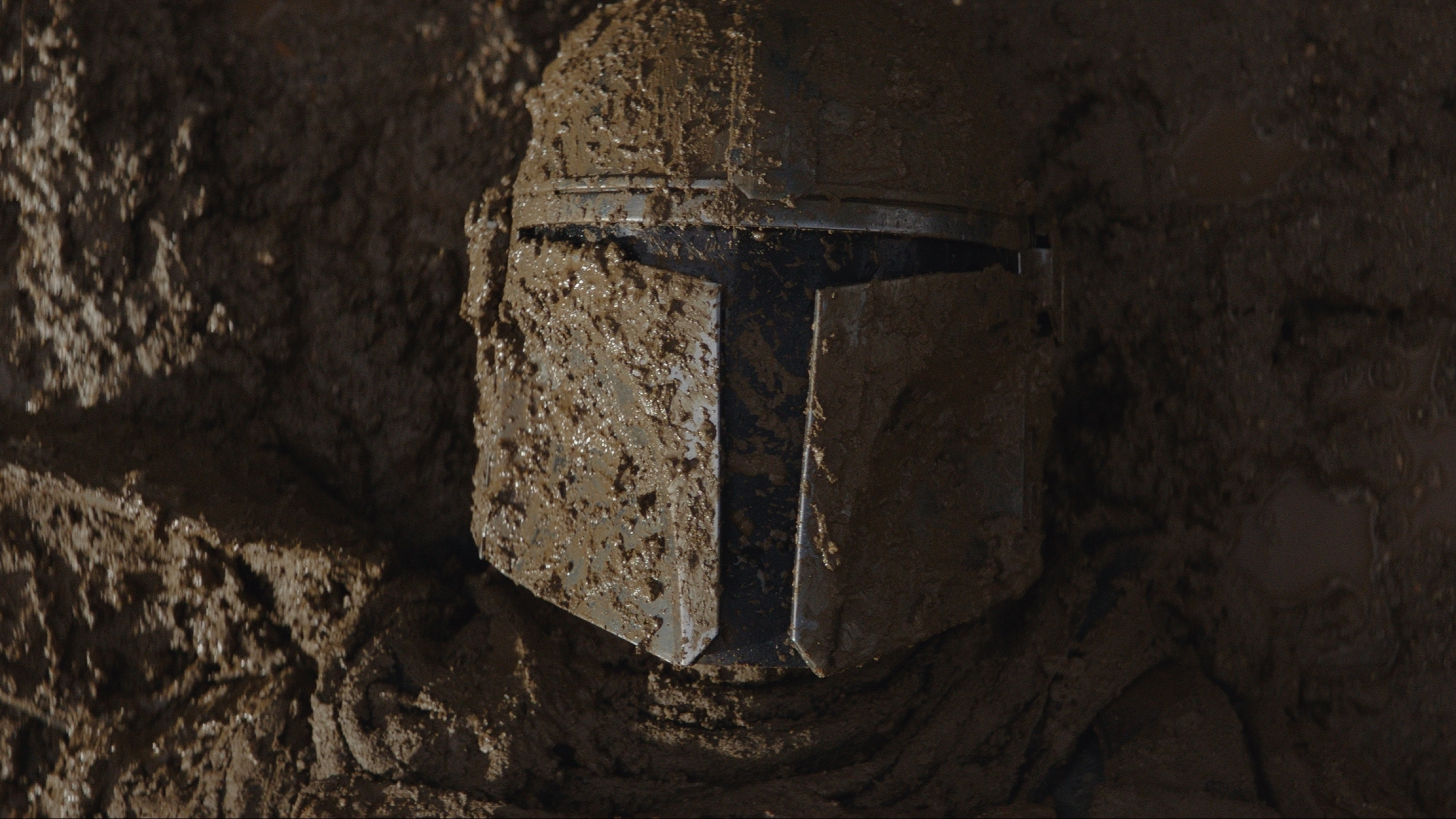 Chapter 2 Pedro Pascal is the Mandalorian in THE MANDALORIAN, exclusively on Disney+