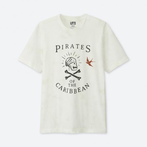 เสื้อยืด Pirates of the Caribbean สีขาวพิมพ์ลายกะโหลกโจรสลัด