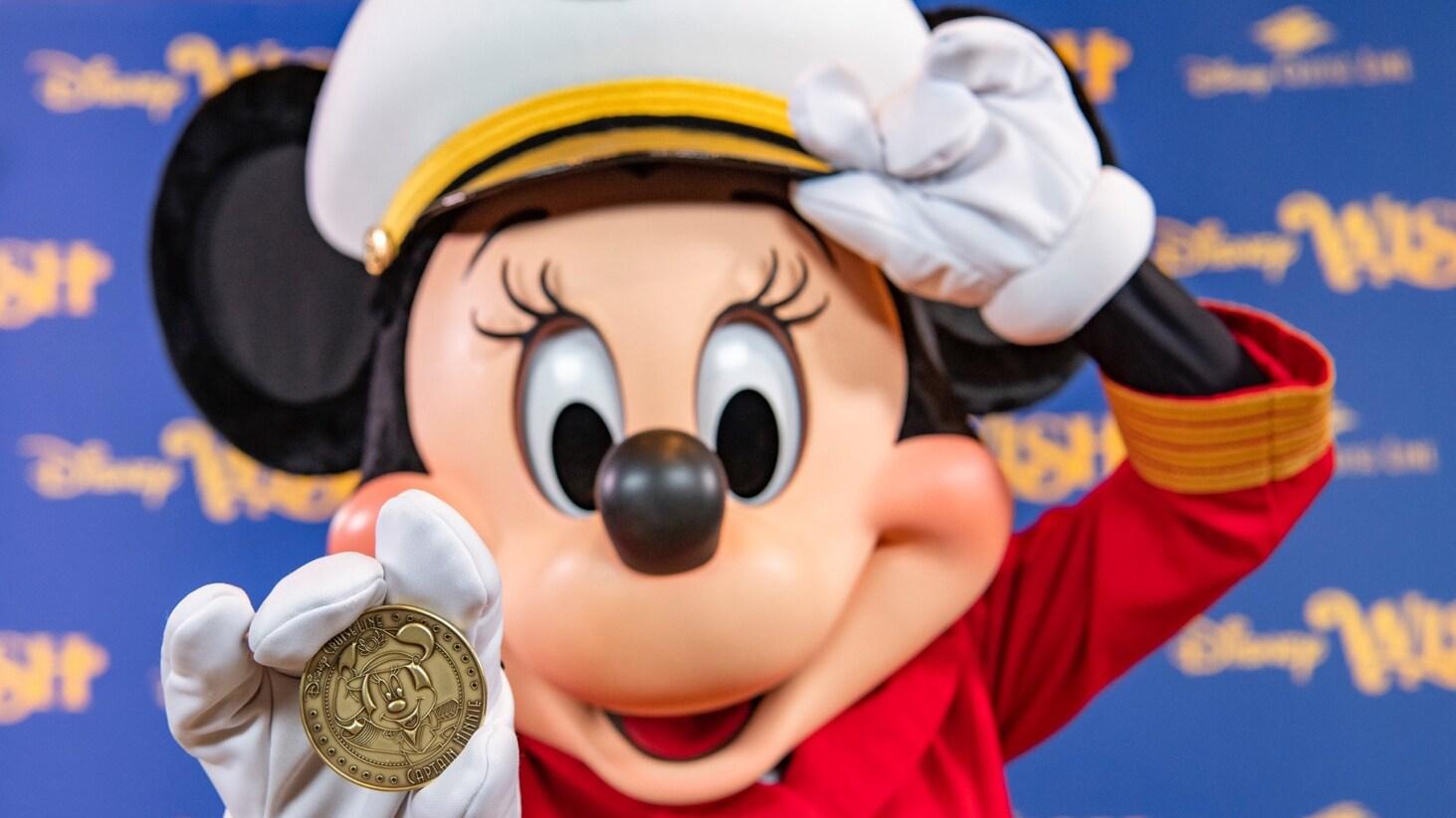 La capitana Minnie Mouse toma el timón de la nueva embarcación de Disney Cruise Line