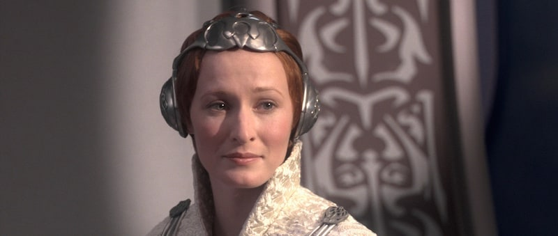 Mon Mothma during the waning days of The Clone Wars