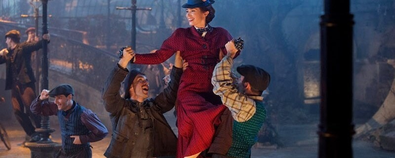 Mary Poppins being lifted up by leeries on London street