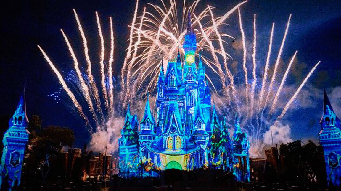 "Exibição virtual do show ""Disney's Not-So-Spooky Spectacular"" no Walt Disney World Resort"