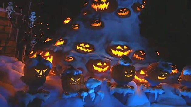 Halloween Time: Halloween at Disneyland   Disney Princess   Disney ...