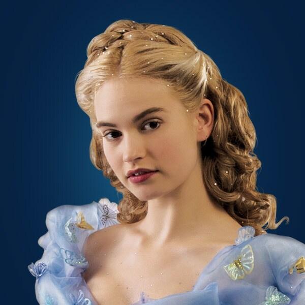 Ella (Lily James)