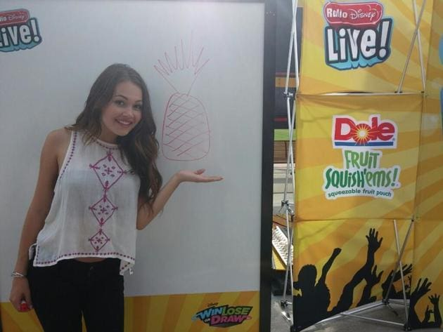 Kelli Berglund drawing