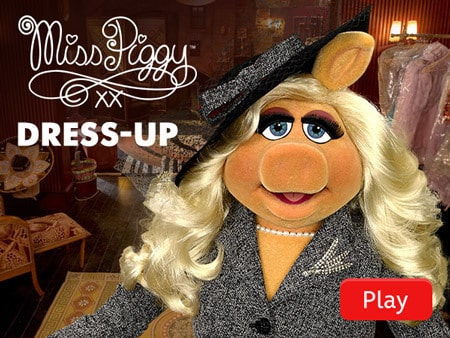 Miss Piggy's Dress-Up Sticker Book