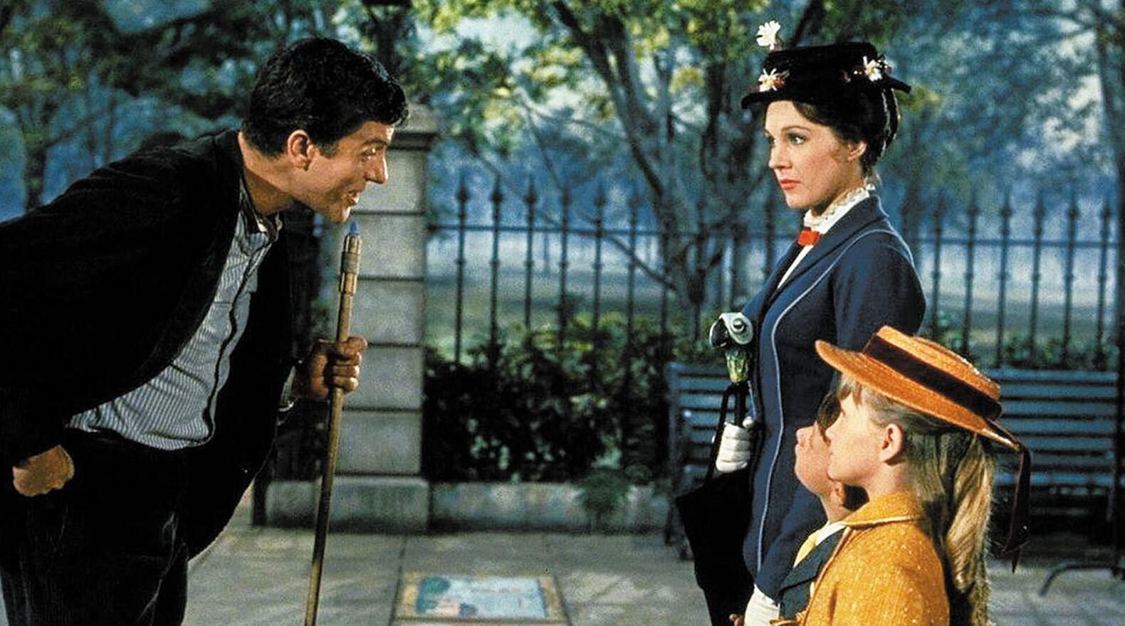 """Bert shows the children sidewalk art in """"Mary Poppins"""""""