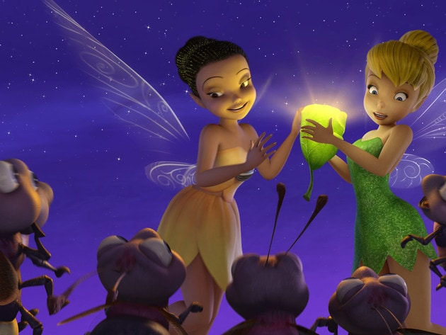 Iridessa tries showing Tink one of the Light Fairy skills.