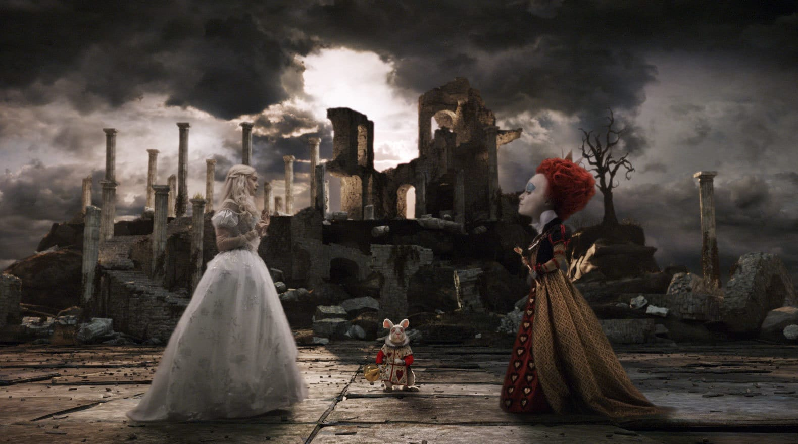 The White Queen and the Red Queen Face Off