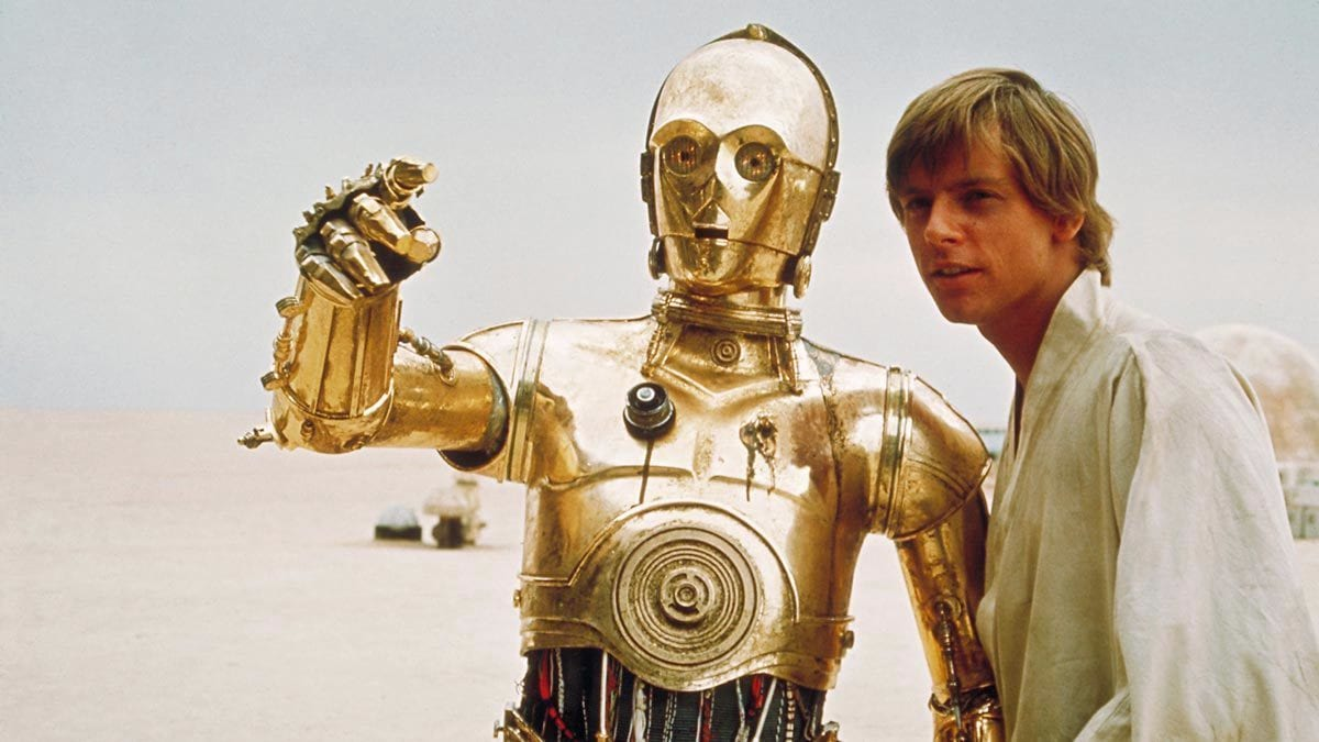 C-3PO and Luke Skywalker on Tatooine
