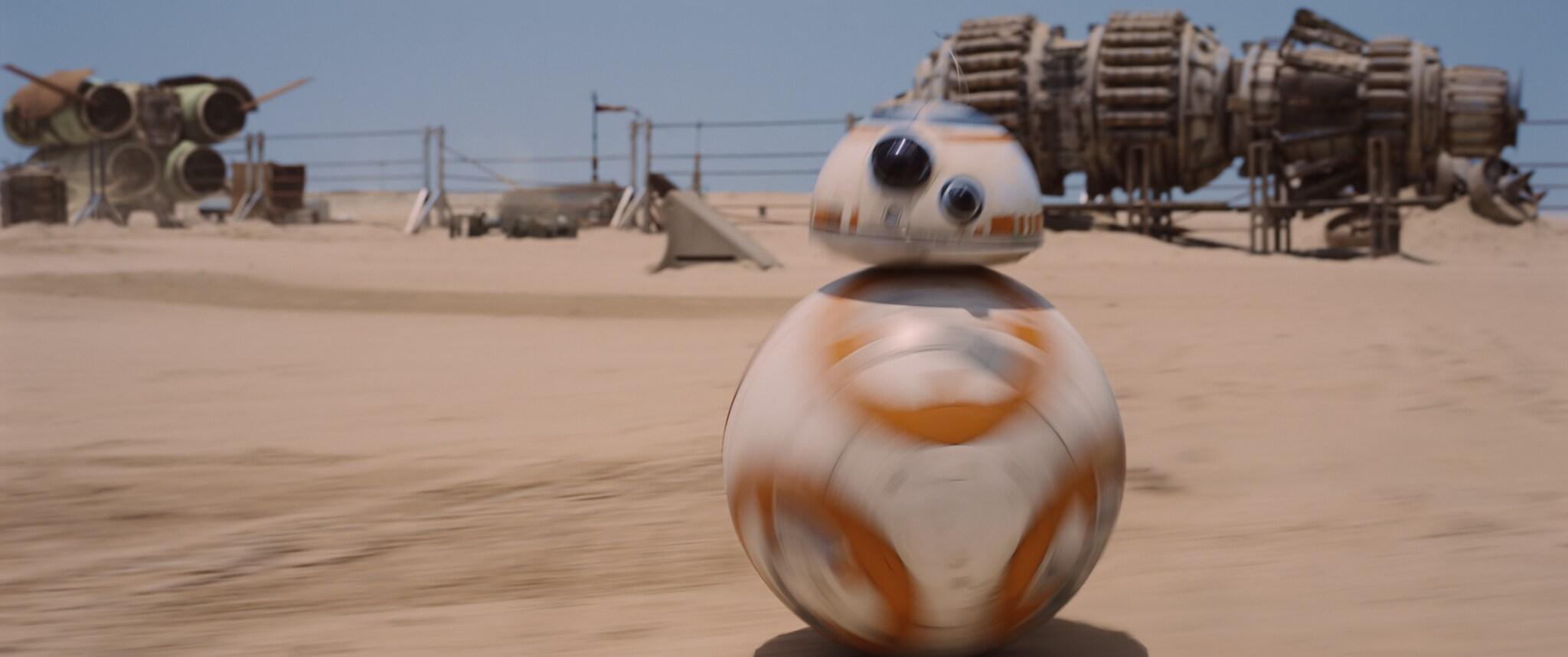 BB-8 in the desert.