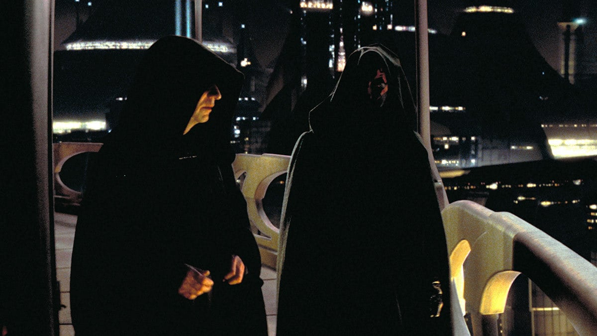 Darth Sidious and Maul convening on Coruscant