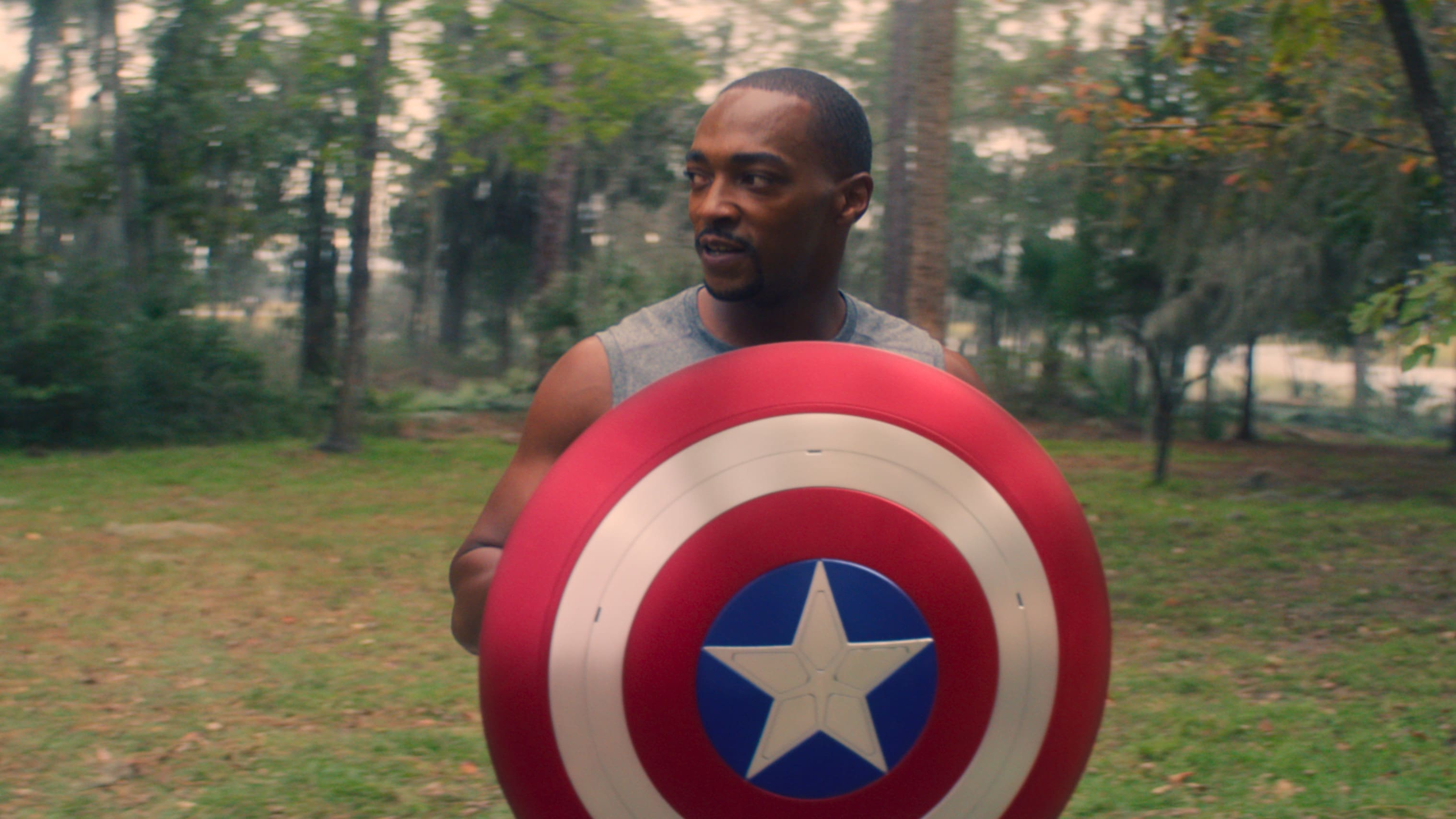 Falcon/Sam Wilson (Anthony Mackie) in Marvel Studios' THE FALCON AND THE WINTER SOLDIER exclusively on Disney+. Photo courtesy of Marvel Studios. ©Marvel Studios 2021. All Rights Reserved.