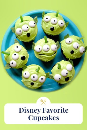Family Slider - Favorite Disney Cupcakes