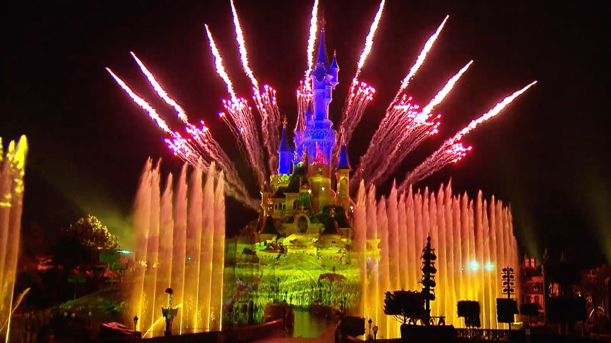 Galactic Adventures, Fireworks, and Sing-Alongs: A Disney Parks Magic Moments Roundup