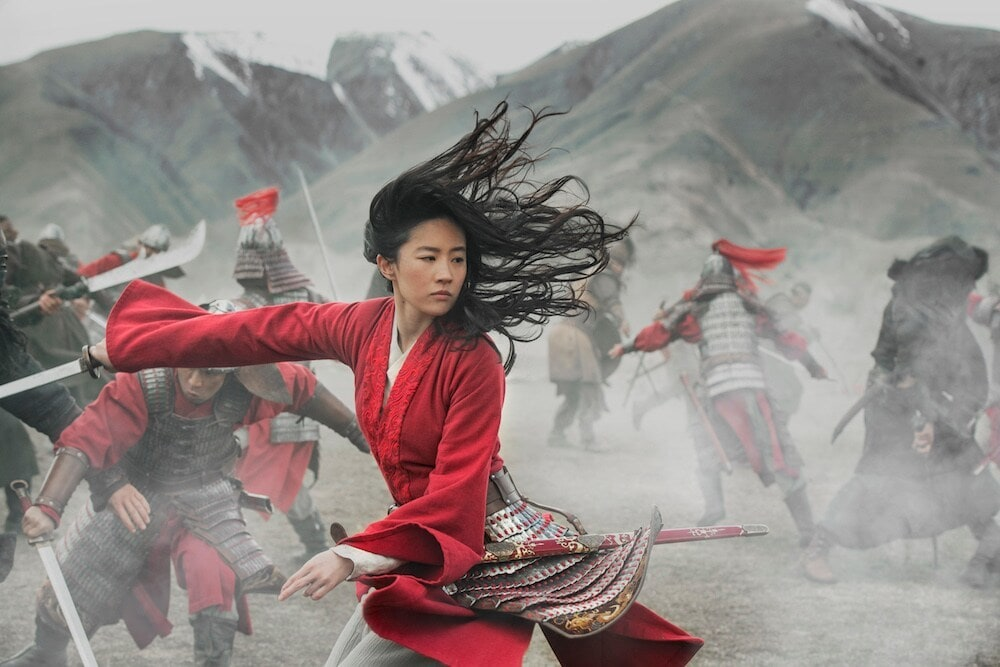 Mulan fighting in battle