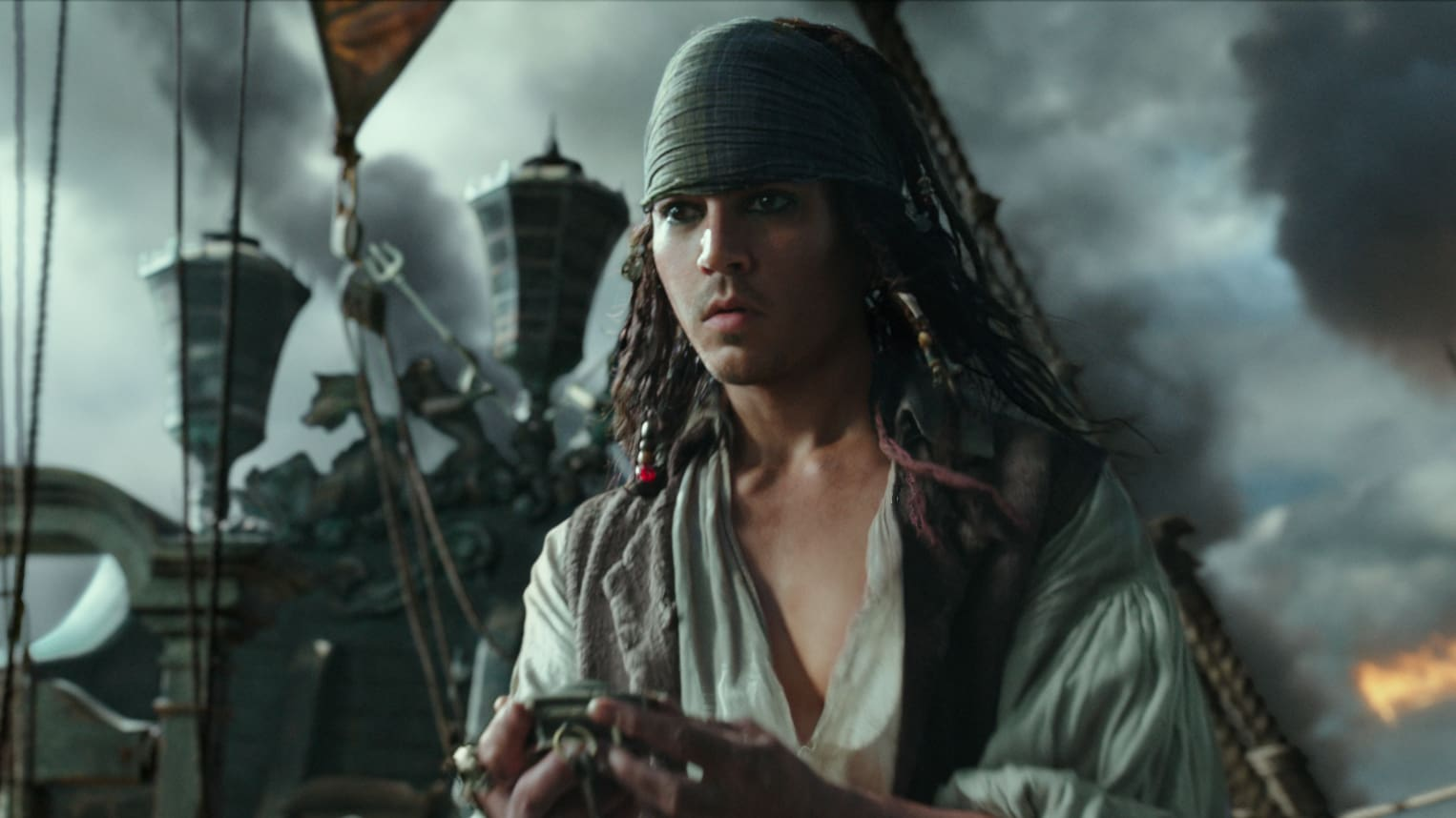 Henry Turner, played by Brenton Thwaites, the movie Pirates of the Caribbean: Dead Men Tell No Tales