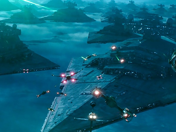 Count Every Ship in the Star Wars Sequel Trilogy!