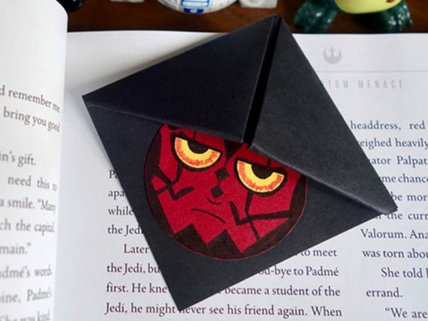 DIY Darth Maul Star Wars Bookmark