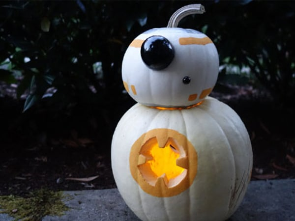 Start Your Star Wars Halloween Mission with This BB-8-o-Lantern Craft